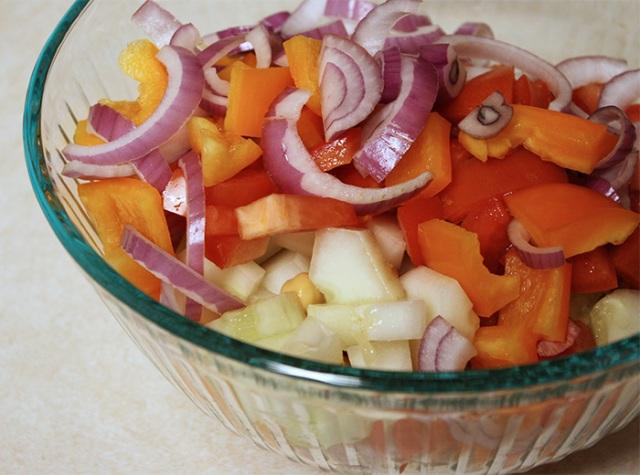 Easy Mediterranean Summer Pasta Salad
