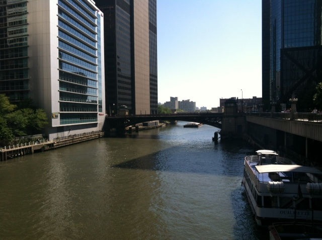 Hi there, Chicago river!
