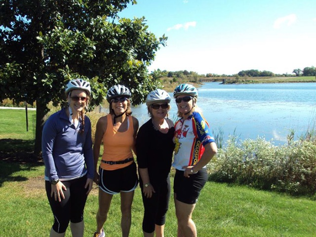 Biking ladies on the Des Plaines River Trail