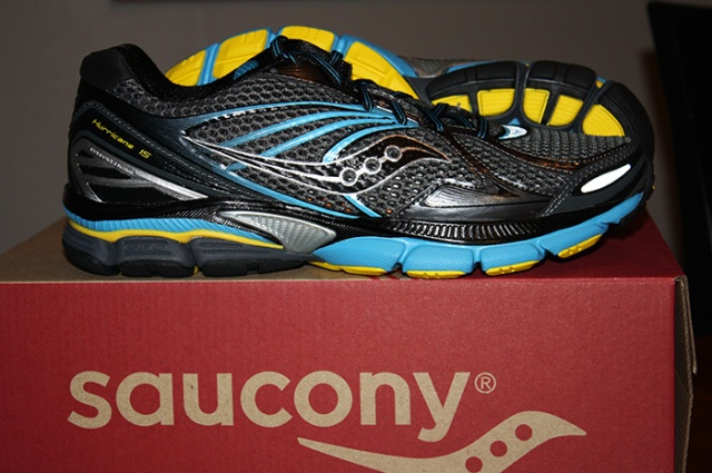 Saucony Hurricane 15 running shoes