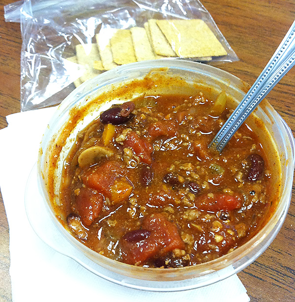 turkey chili and crackers